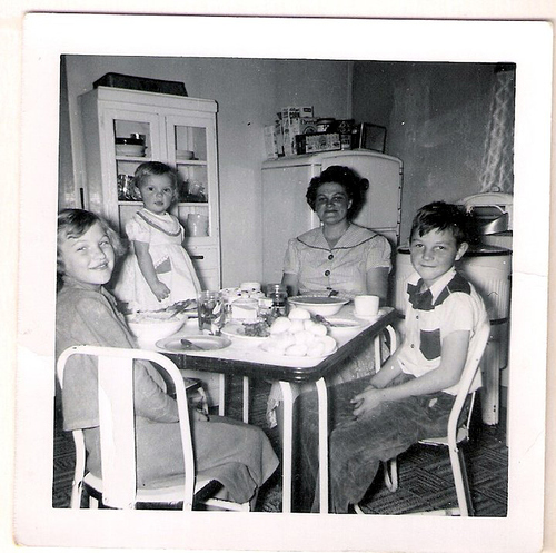 43-Mamaw Aree, Aunt Pat, Uncle Del and Mommy