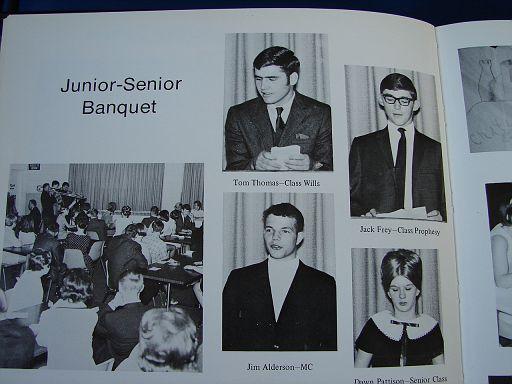 FayetteIaHighSchool1969Annual022