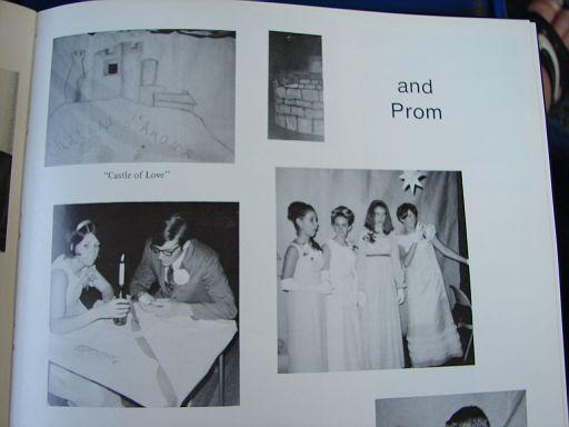 FayetteIaHighSchool1969Annual024