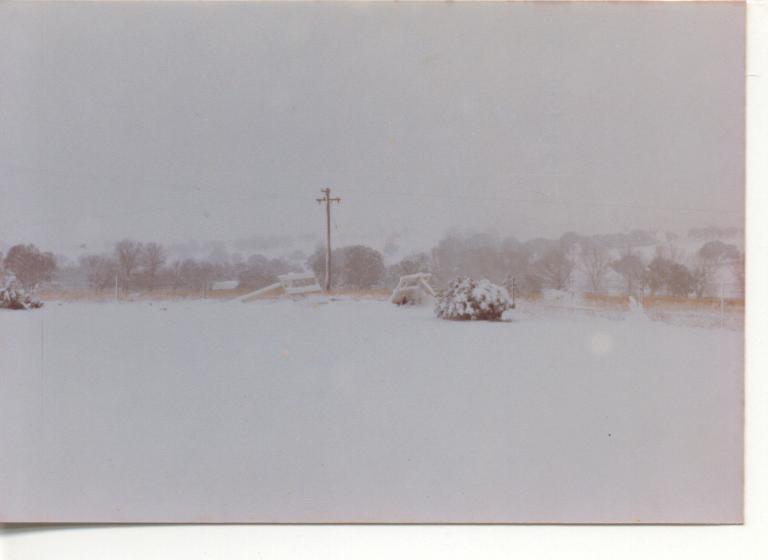Slight snowfall 4th July 1984 004