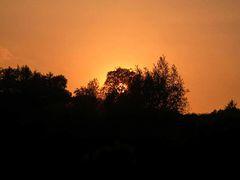 Die Sonne beendet einen Frühlingstag