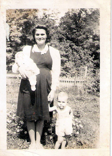 41-Mamaw Aree, Uncle Del and Aunt Pat