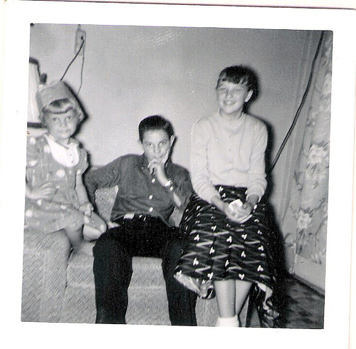 87-Aunt Pat, Uncle Del and Mom