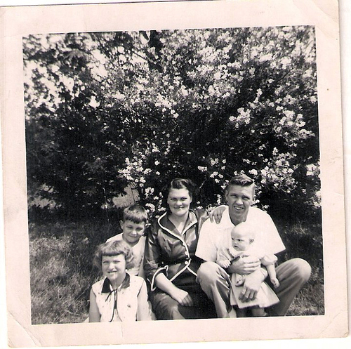 128-Aunt Pat, Uncle Del, Mamaw Aree, Papaw Mofett, and Mom-baby