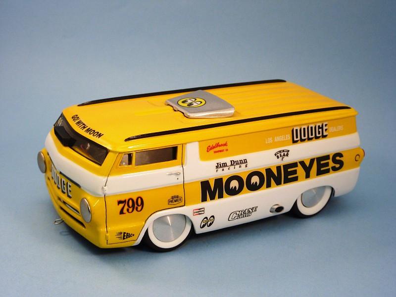 combo Moon ave van racer et porteur Dodge  018-vi