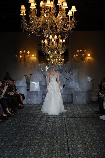 Mira Zwillinger Bridal SS19 0386